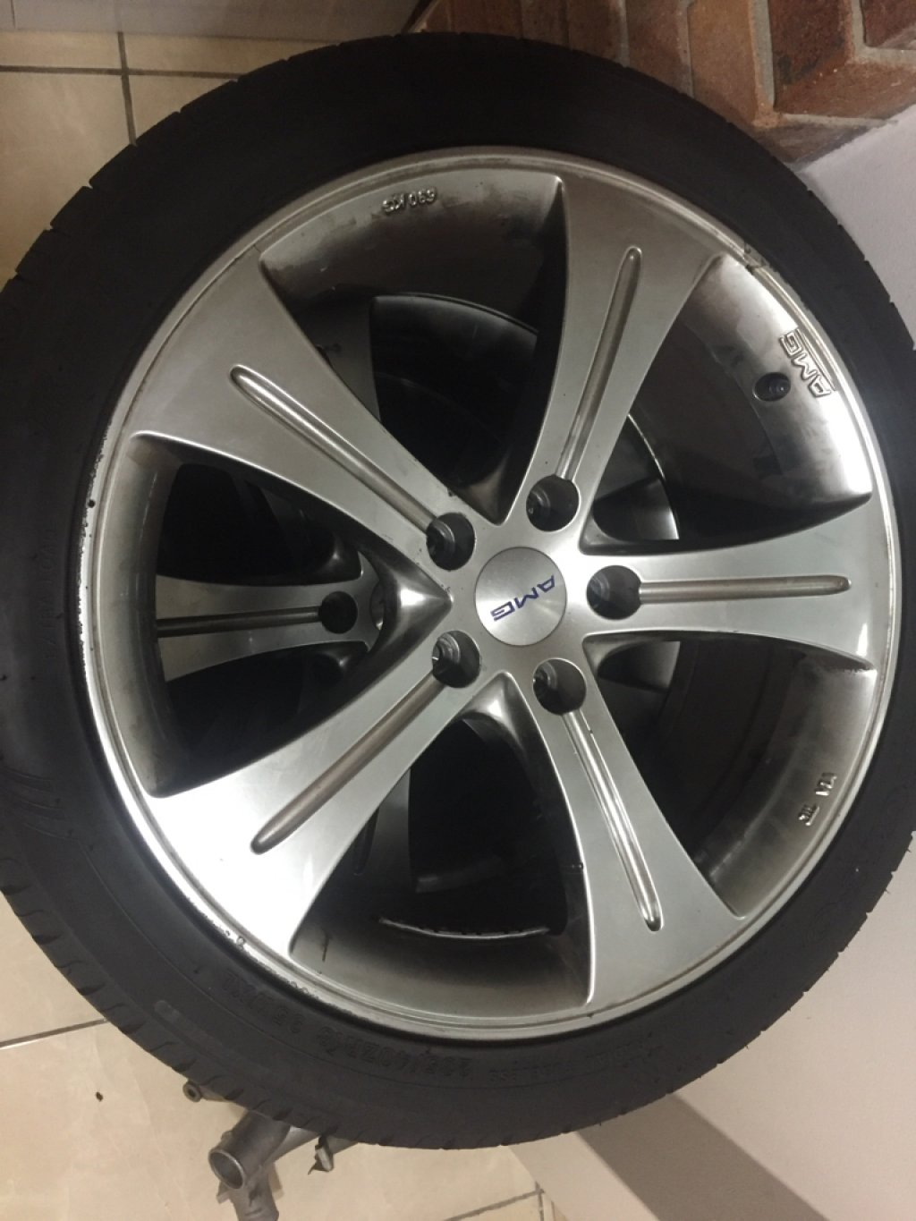 """18"""" Rims With Tyres"""