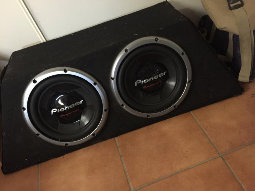 """Dual 12"""" Pioneer Pro Comps SUBS"""