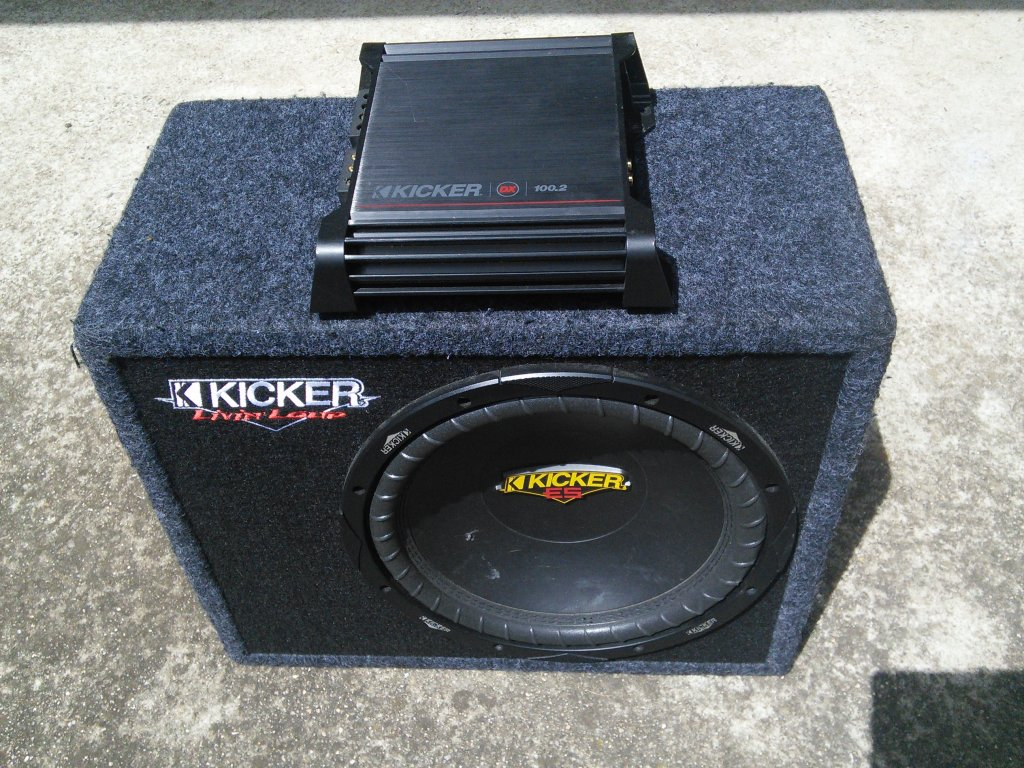 Kicker Subwoofer AMP Combo 08dx100.2 100W 2 Channel Cables SUB