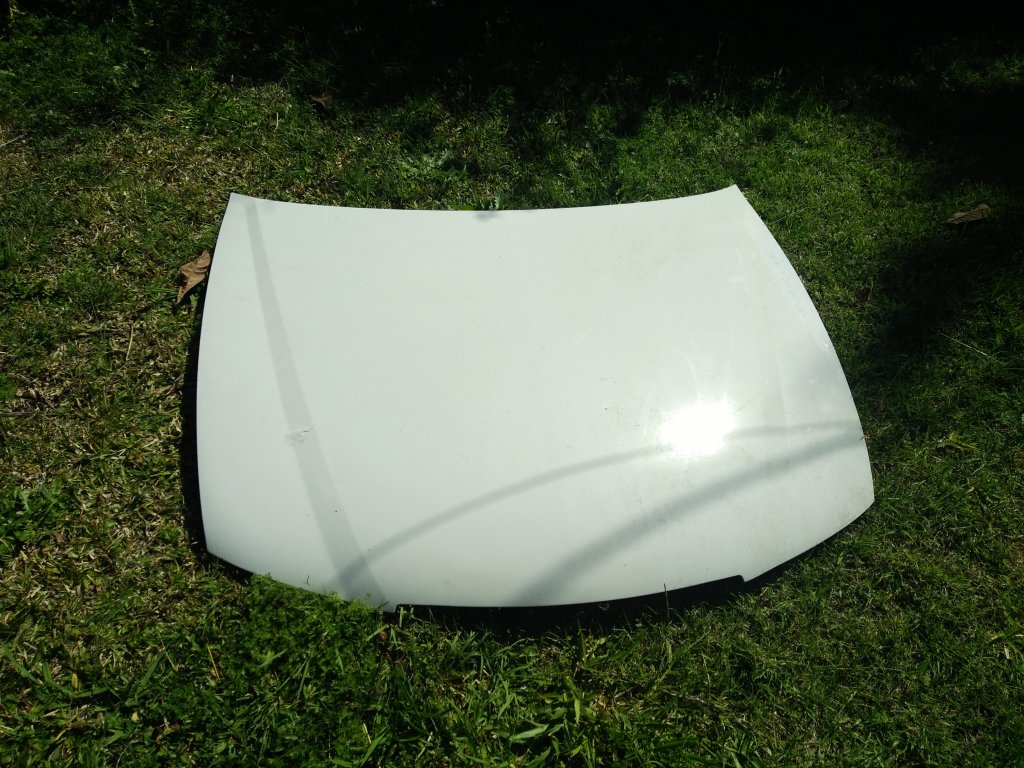 Holden Commodore VY Bonnet