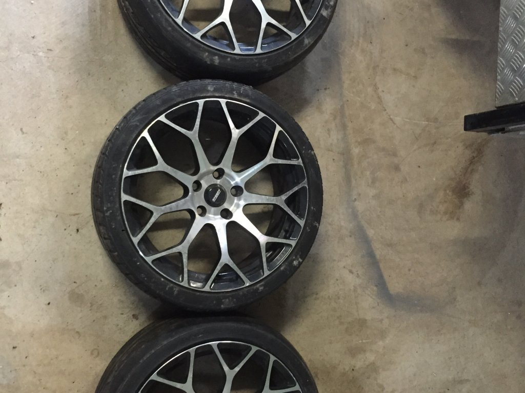 19 INCH Speedy Rims and Tires