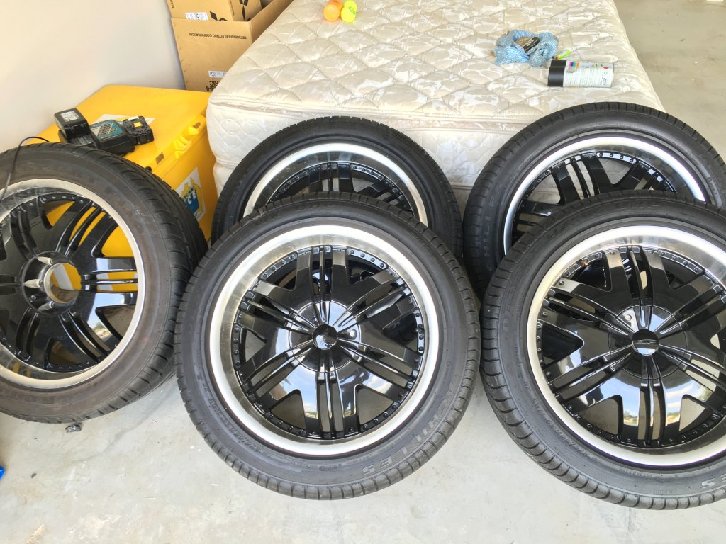 5 Tyres and Rims