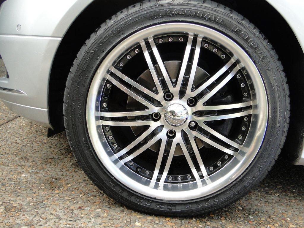 Volocity Wheels and Tyres 18 INCH