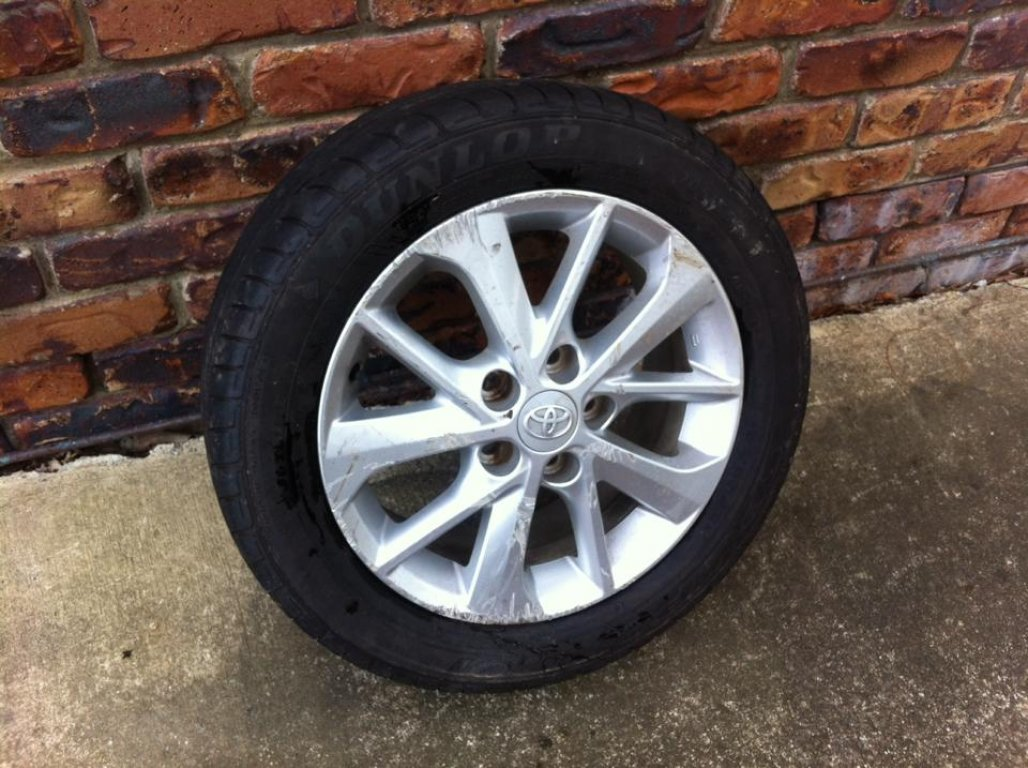 1 Toyota Corolla 2014 16'' Alloy MAG Wheel and Tyre!