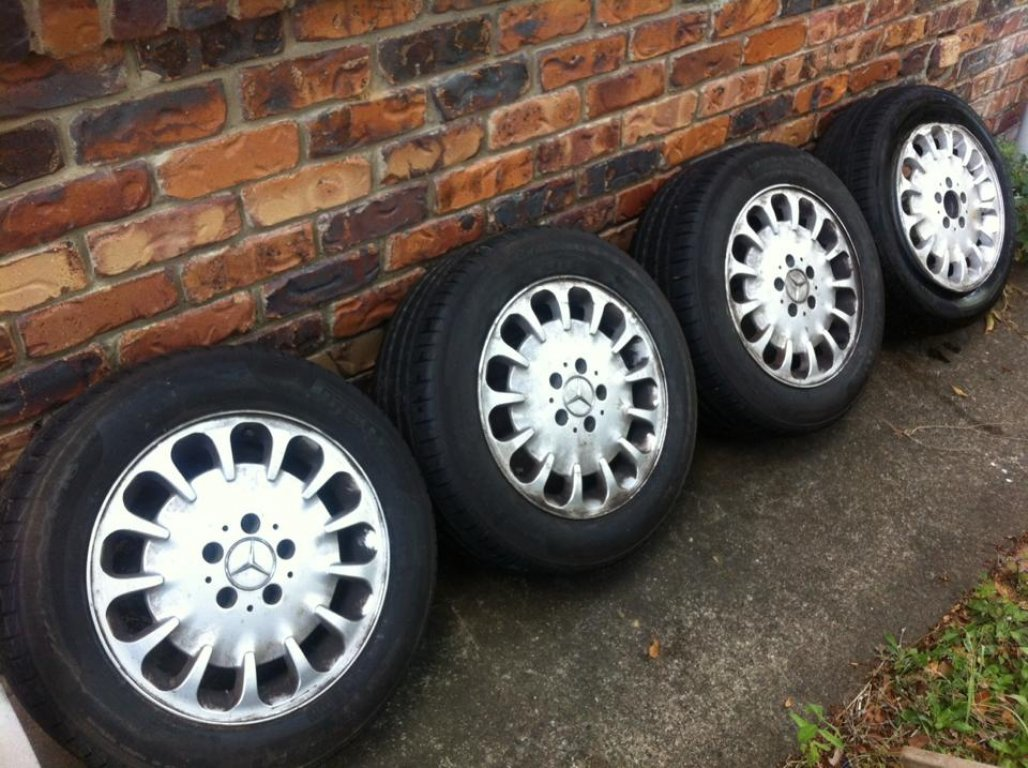 Mercedes E Factory 16INCH Alloy Wheels and Tyres!