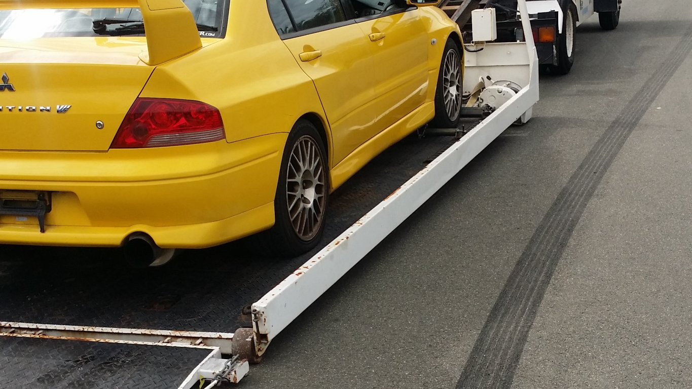 TOW Truck For HIRE Cheap Towing Service