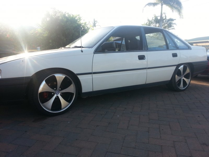 Holden commodore executive vn for sale or swap qld