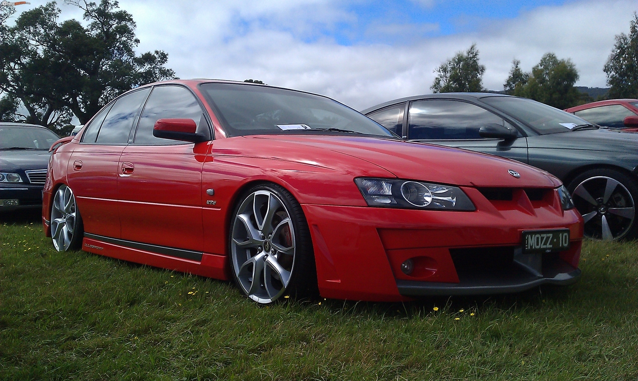 2005 hsv clubsport vy ii r8 boostcruising