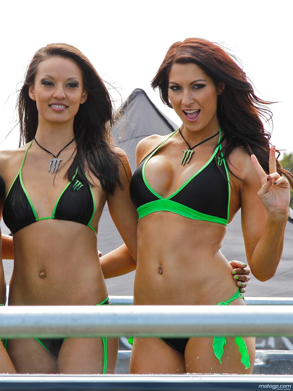 2148999 Motogp Australia Grid Girls in addition 2157861 Formula 1 Grid Girls further 2441399 European Auto Motor   Tuning Show 2014 additionally Single Din Stereos as well Auto Tech Reviews. on top car audio head units