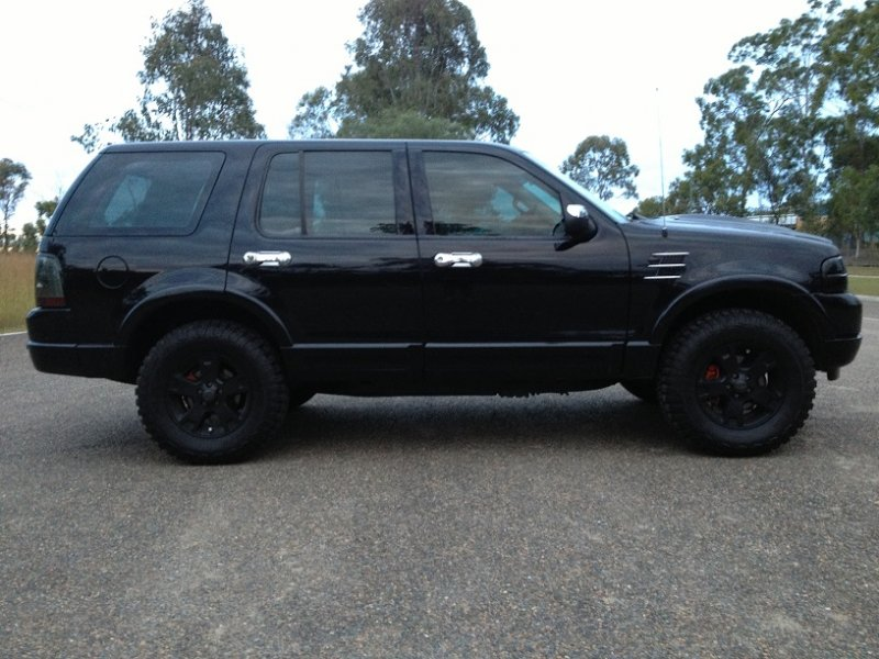 2005 Ford Explorer Limited (4x4) - BoostCruising