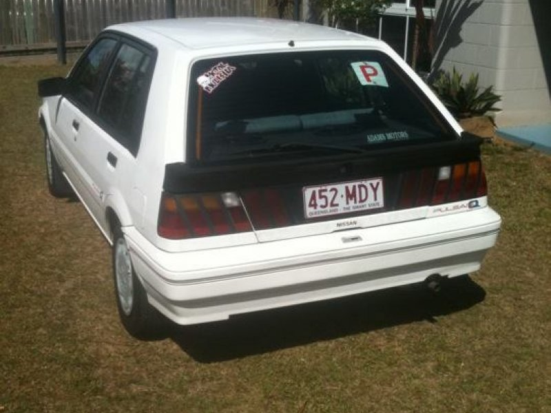 how to put on nissan pulsar stock plates