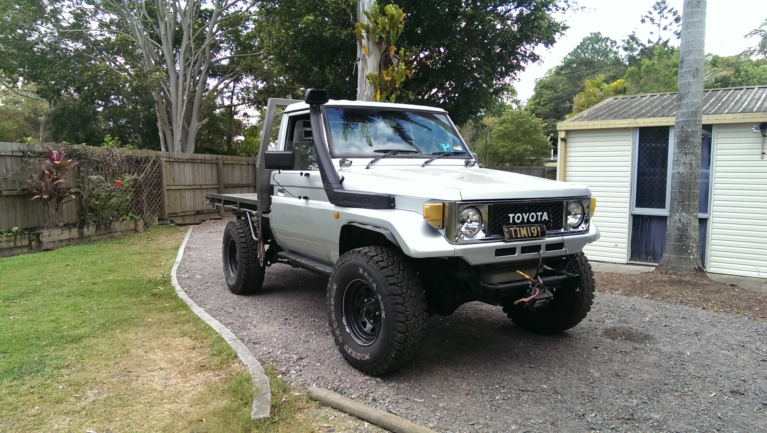 1992 toyota landcruiser 4x4 boostcruising. Black Bedroom Furniture Sets. Home Design Ideas