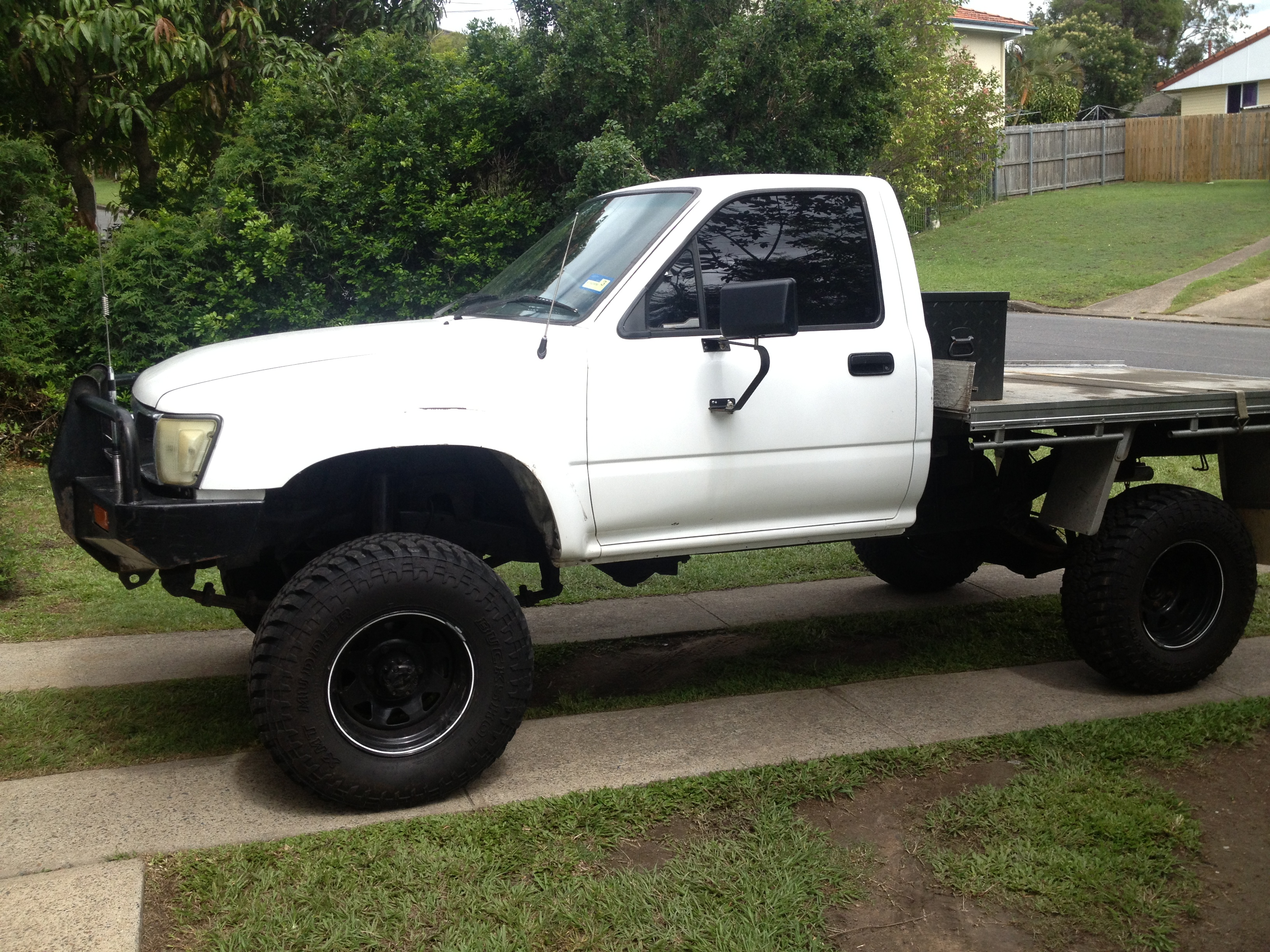 1995 toyota hilux 4x4 ln106r boostcruising. Black Bedroom Furniture Sets. Home Design Ideas